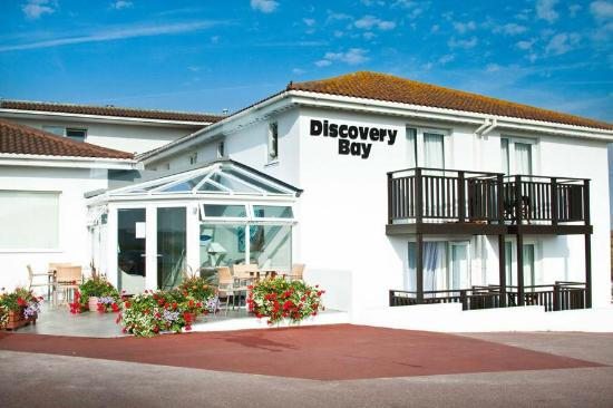 Discovery Bay Beach Suites Foto