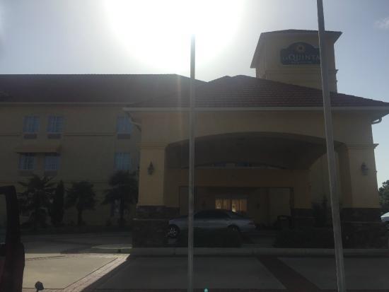 La Quinta Inn & Suites Macon West: entrada de hotel