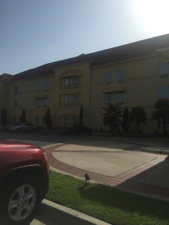 La Quinta Inn & Suites Macon West: vista de afuera