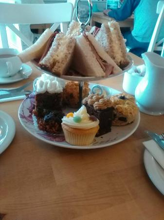 Cafe Latte: Afternoon tea for two