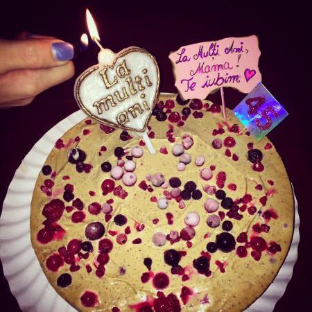Pleasant Raw Vegan Birthday Cake Picture Of Rawdia Bucharest Tripadvisor Funny Birthday Cards Online Eattedamsfinfo