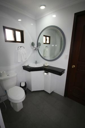 Hotel Royal Amsterdam: Panorama Suite Bathroom