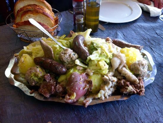 Brunyola, Spanyol: Carn d'olla