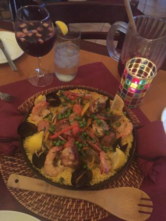 Cafe Kranzler: Paella and Sangria