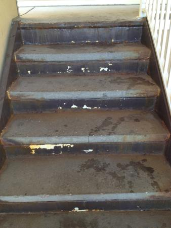 Extended Stay America - Denver - Tech Center - North: stairs leading to room