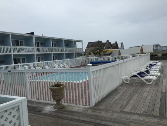 Ocean Surf Resort: Pool area