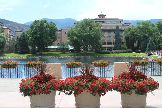 The Hotel Bar At The Broadmoor: Across The Lake From The Patio Bar