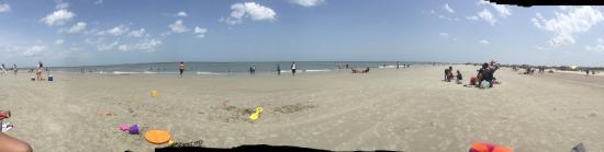 South Beach: Panoramic of Savannah Beach