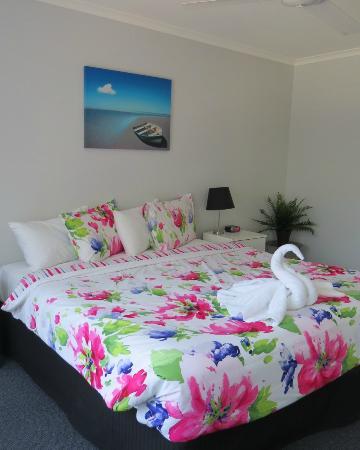 Ocean Park Motel : two bedroom apartment king