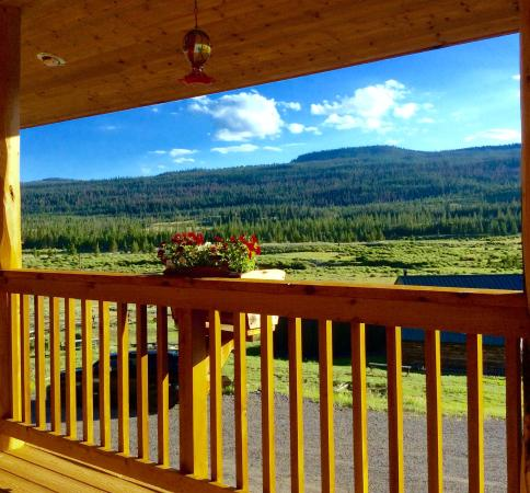 Lava Mountain Lodge: A view from your table on the deck.