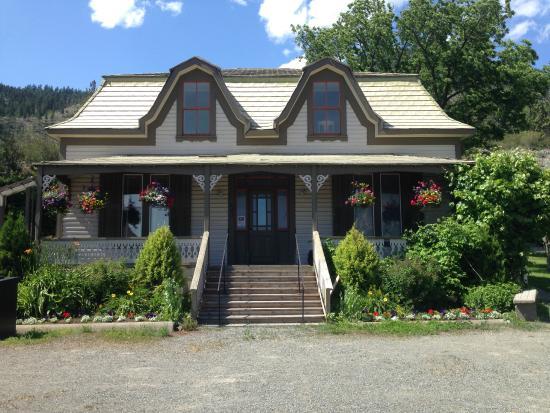 Lillooet, كندا: Miyazaki House