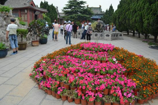 Kaifeng County, China: Beautiful garden in the compound of the ancestral hall.