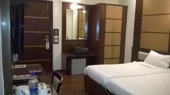 Karon Hotels Lajpat Nagar: Clean Cosy room-209