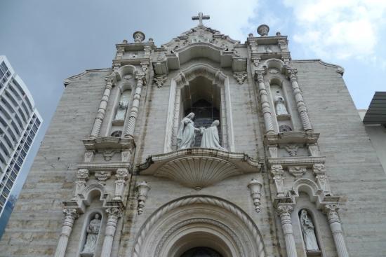 Satuario Nacional Del Corazon de Maria
