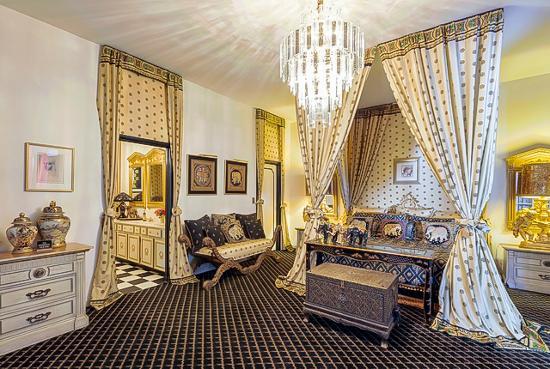 Hartland Mansion : Elvis Bedroom