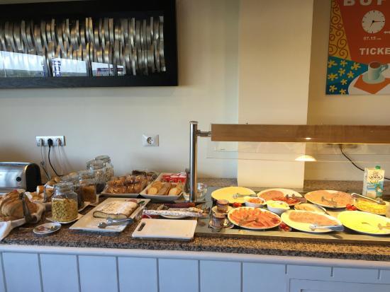 Hotel Tramuntana : petit déjeuner