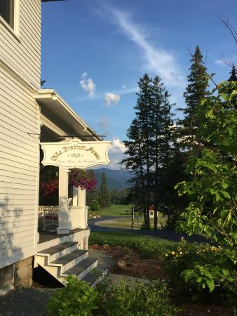 Omni Bretton Arms Inn at Mount Washington Resort: The Inn
