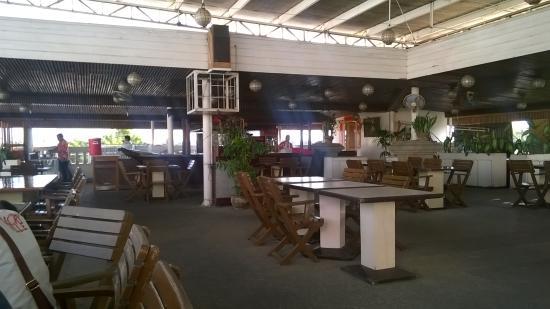 Grand Menseng Hotel : resto beside the pool