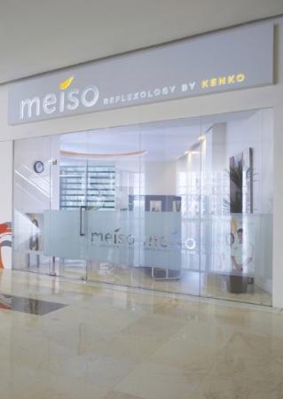 Mal Bali Galeria: meiso by kenko, and simpati SIM cards 35k/1.5gb 60k/4gb