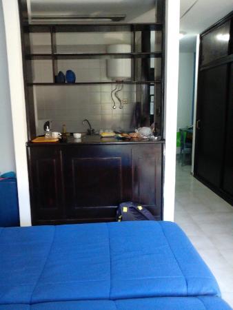Apartamentos Playazul : Кухня в номере