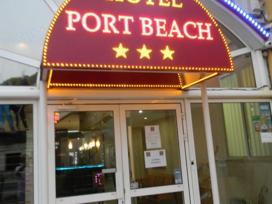 Façade De Lhotel Photo De Hotel Port Beach Gruissan TripAdvisor - Hotel port beach gruissan