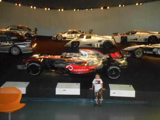 mercedes musee picture of mercedes benz museum. Black Bedroom Furniture Sets. Home Design Ideas