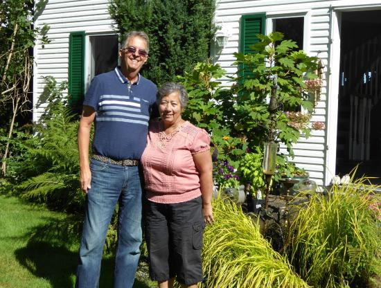 Belle Vue Bed and Breakfast: Walter and Haideh Jordan