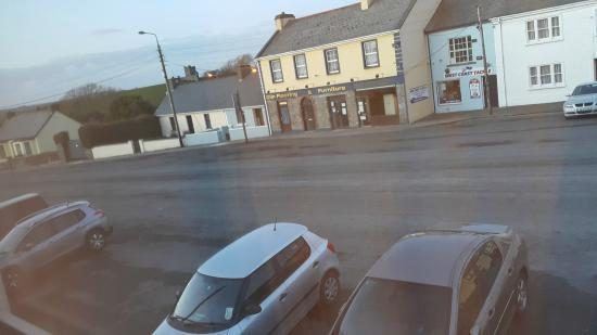 Glin, Irland: Rather boring street