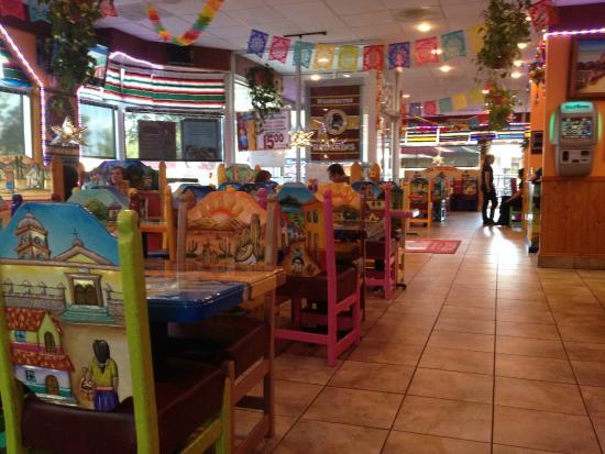 Los Toltecos Restaurante Interior