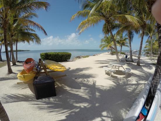 Atlantic Bay Resort: Kayaking