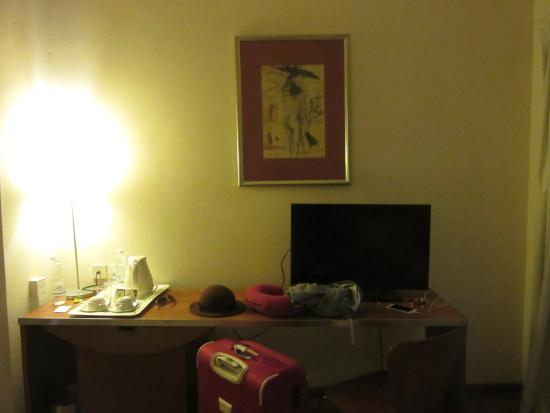 room - Picture of Alpha Genesis Hotel, Kuala Lumpur