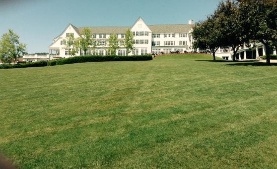 The Pavilion : Sagamore Resort Grounds
