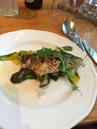 The Cliffe Kitchen at The White Cliffs Hotel: Mackeral