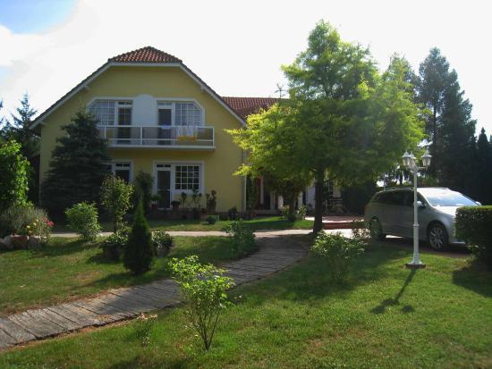 Villa Hedi Panzio