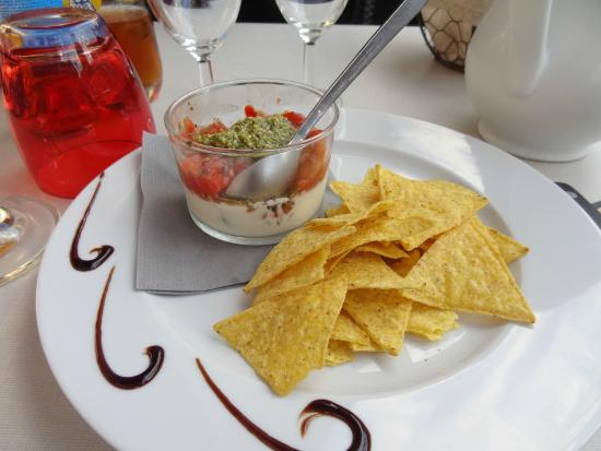 La Taverne du Connetable : Loved this appetizer with goat-cheese creme, pesto and nachos