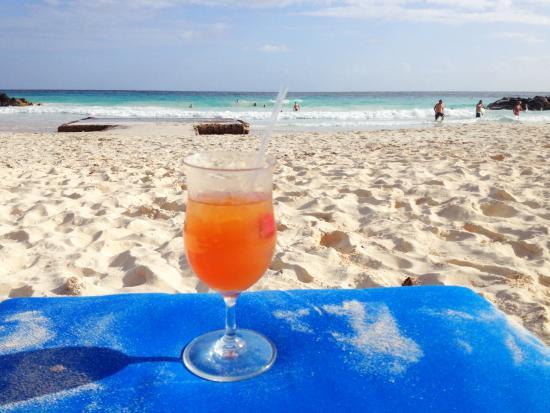Приход Сент-Майкл, Барбадос: beach with rum punch