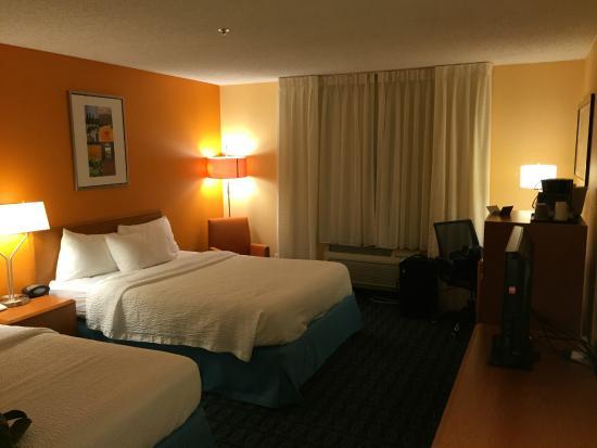 Fairfield Inn & Suites Phoenix Mesa: Bedroom 2