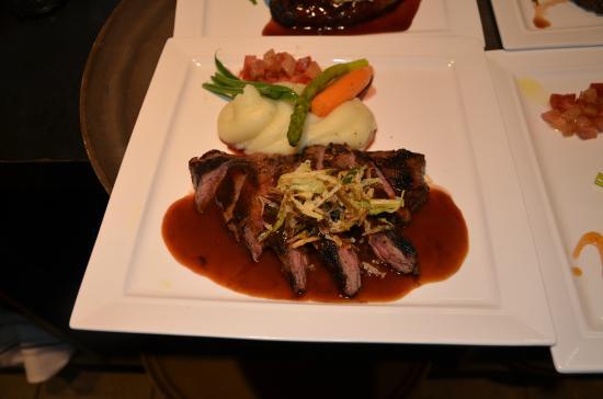 Ravens Den Steakhouse and Taproom