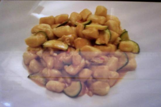 Antico Petronia: gnocchi zucchine gamberetti