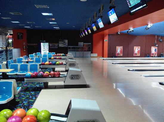 Olympia Bowling Atina