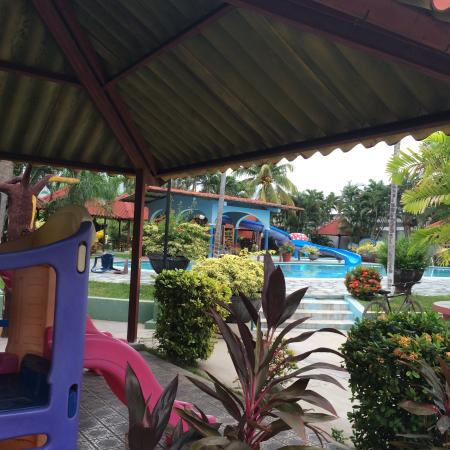 Hotel Santa Cruz : The playground area near one of the pools