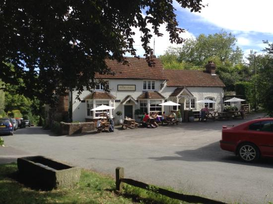 Burpham, UK: A lovely Sunday at The George