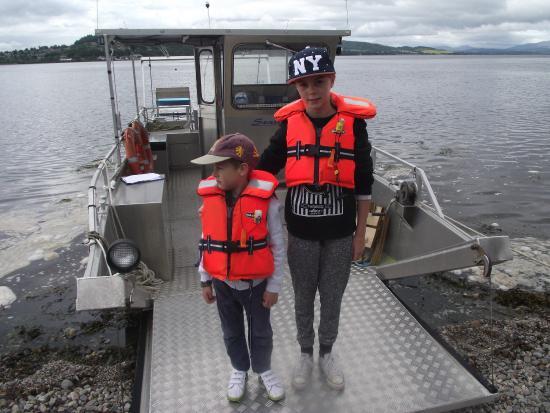 New Era Private Boat Trips: Lifejackets compulsory for Children