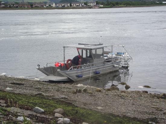 New Era Private Boat Trips: The Boat
