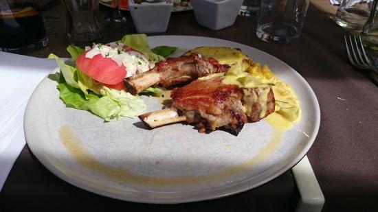 Iberico kroontje cross blackwell met frietjes foto van bistro de kombuis zeebrugge - Kombuis keuken ...