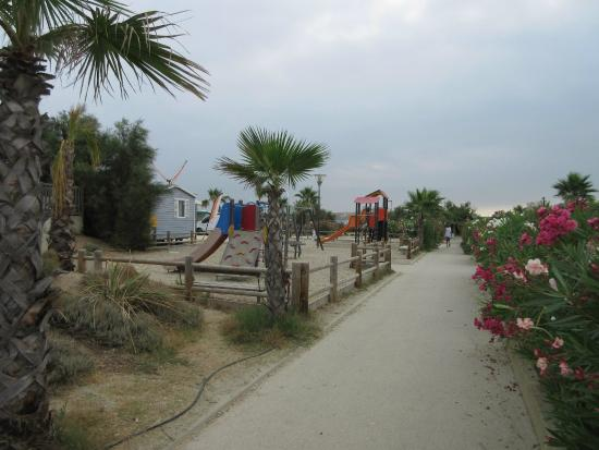Aire de jeux picture of camping tohapi le palavas for Camping a palavas les flots avec piscine