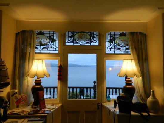 Undercliff Bed & Breakfast: Guest Lounge