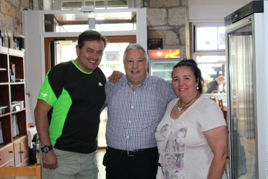 O Portón: una foto con el dueño del restaurante