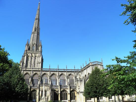 ‪St Mary Redcliffe Church‬