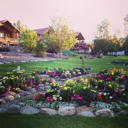 Photo of Glaciers' Mountain Resort Coram